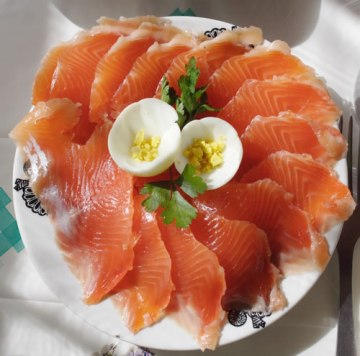 Smoked royal salmon fillet medallions