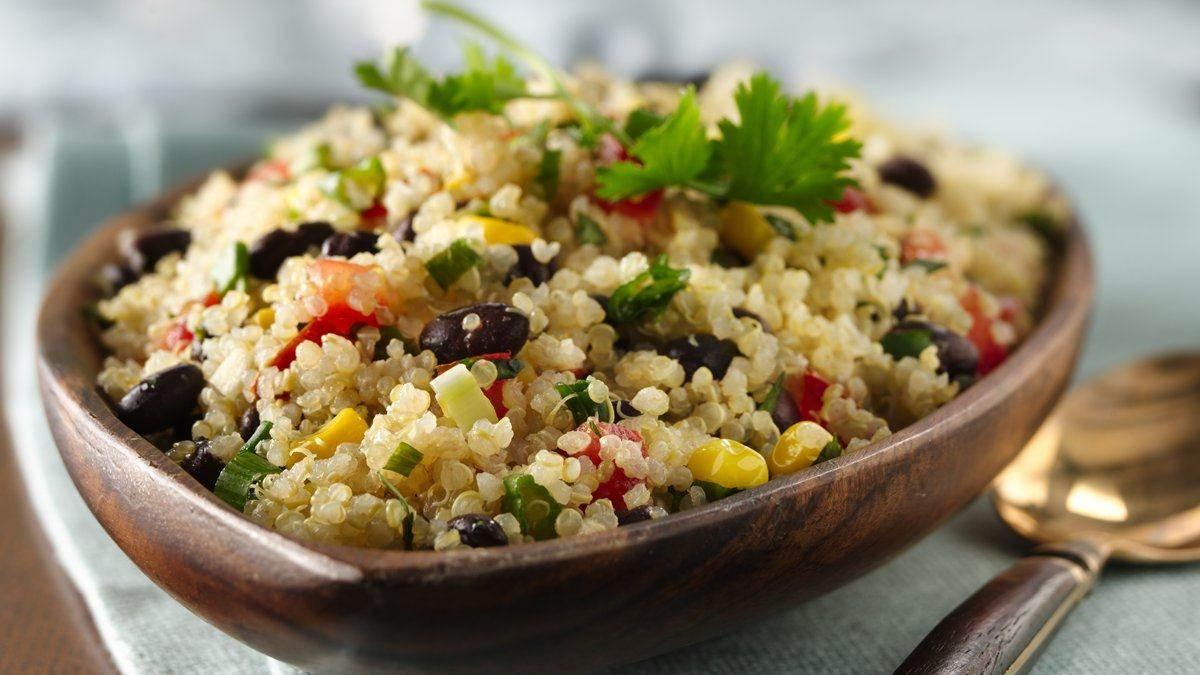 Easy Healthy Quinoa Recipe: Quinoa and Black Beans | Recipe Corner