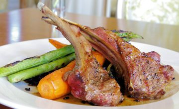 Veal Chops with Bananas and Carrots Baked Recipe2